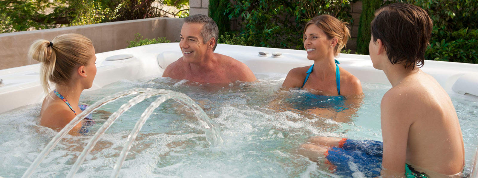 Why Buy Your New Spa From Florida Spa & Pool Warehouse?